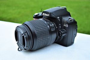 Nikon D40 DSLR With AF-S NIKKOR 18-55 mm Lens for Sale in Ellicott City, MD