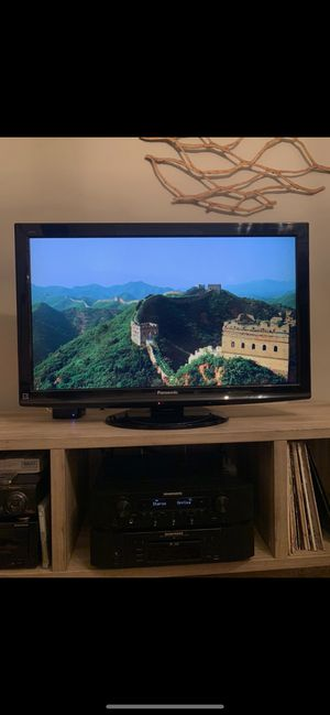 Panasonic TV 37 inch for Sale in San Diego, CA