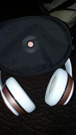 Dre beats solo Bluetooth headphones for Sale in Moreno Valley, CA
