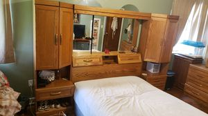 Wood Queen Bedset for Sale in Belleair, FL