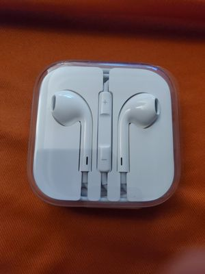 Bramd new earbuds for Sale in Lake Worth, FL