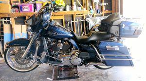 Harley Davidson Electra Glide ultra classic for Sale in Santa Ana, CA