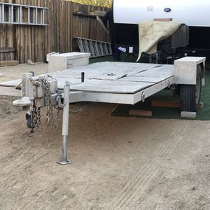 Heavy Duty Trailer With Hydraulic Assist Brakes for Sale in Apple Valley, CA