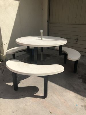 Table for Sale in San Bernardino, CA