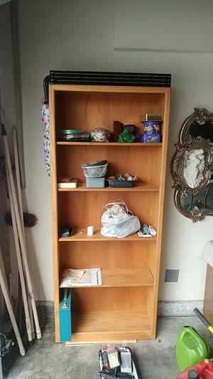 "Bookshelve H72""""x30""x10"" for Sale in Hemet, CA"