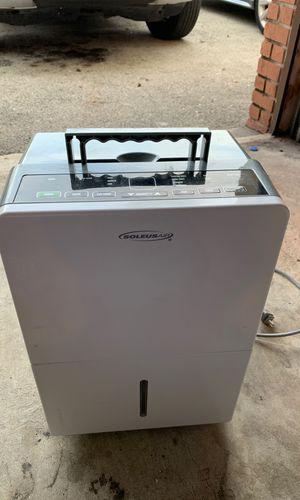 Soleus air dehumidifier mode hmtd45e-a for Sale in Coral Springs, FL