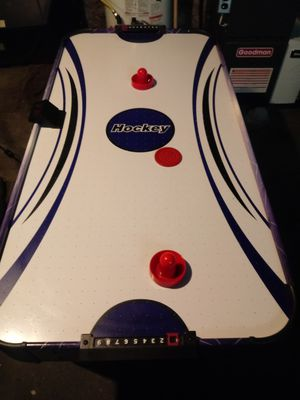 Air hockey table for Sale in Beaver Falls, PA