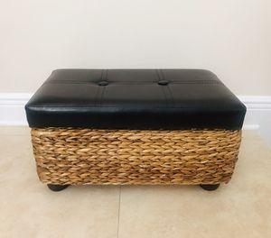 Brown Leather Storage Ottoman—-New for Sale in Miami, FL