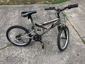 Mountain Bike 20 inches 6 Speed for Sale in Charlotte, NC