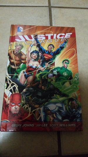 Justice League War Comic with Blueray and DVD Movie for Sale in Mesa, AZ