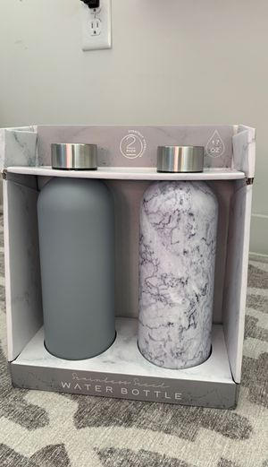 Stainless steel water bottle - new for Sale in Jersey City, NJ