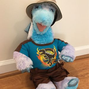 Build-a-Bear Dinosaur Plushie (Comes With Outfit & Hat) for Sale in Pembroke Pines, FL