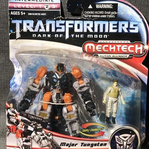 TRANSFORMERS DARK OF THE MOON MAJOR TUNGSTEN THUNDERHEAD MECHTECH - BRAND NEW for Sale in Yorba Linda, CA