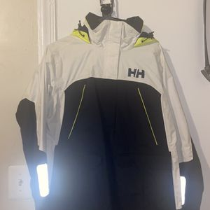 Helly Hansen jacket for Sale in Hyattsville, MD