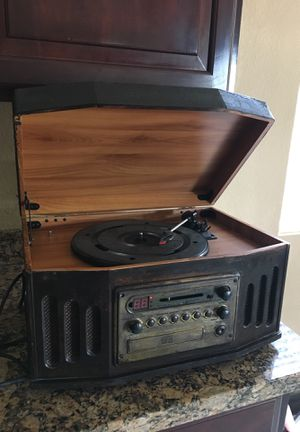 Radio/ cd player vynal for Sale in Avondale, AZ