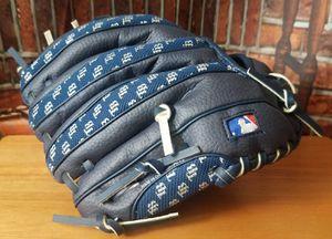 Tampa Bay Rays Wilson Kids T-ball Baseball Glove MLB Mitt for Sale in Tampa, FL