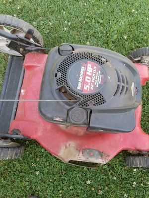 Yard machine 5.0 Hp for Sale in Columbus, OH