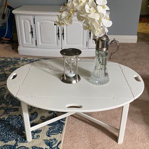 Coffee Table Solid Wood Transforms Into Night Stand $50 for Sale in Mountain View, CA