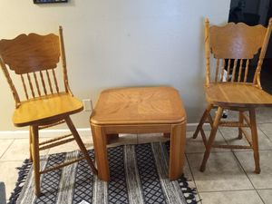OAK TABLE AND CHAIR SET for Sale in Fresno, CA