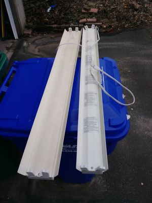 T-12 florescent light bulbs and light fixtures for Sale in Cromwell, CT