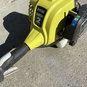 Two cycle gas Weedeater Ryobi for Sale in Artesia, CA