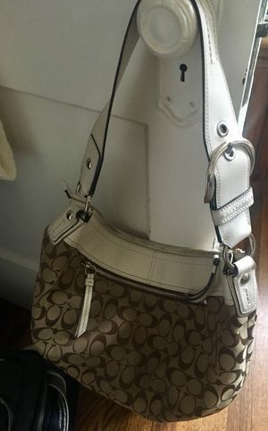 Authentic Coach hobo purse signature for Sale in Grosse Pointe Park, MI