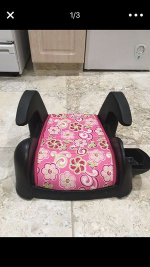 Booster seat for kids for Sale in Dearborn, MI