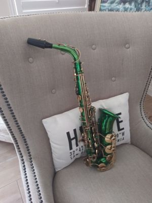 Rossetti Alto Saxophone for Sale in Lakewood, CA