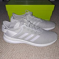 Women's Adidas Shoes Size 8 for Sale in Alexandria,  VA