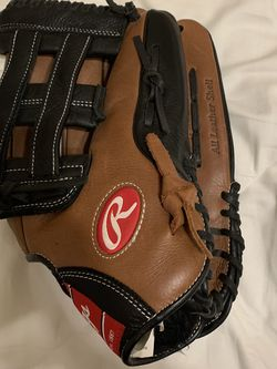 Rawlings Outfield Glove for Sale in Houston,  TX