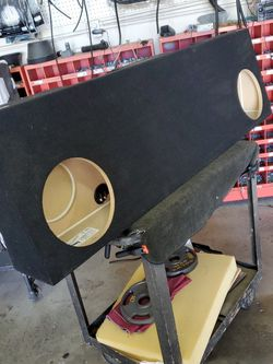 Ford F Series Subwoofer Enclosure for Sale in West Covina,  CA
