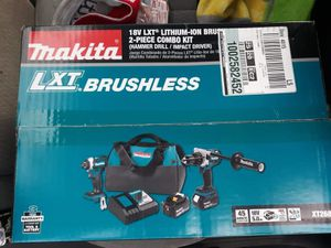 Makita 18v hammer drill/impact driver with batteries combo kit for Sale in Gladstone, OR