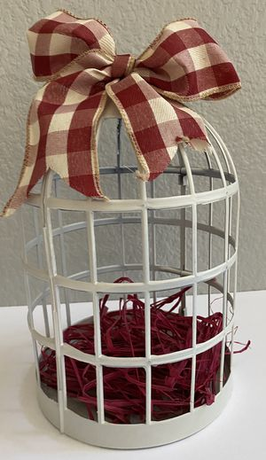 Farm House Style Bird Cage for Sale in Riverside, CA