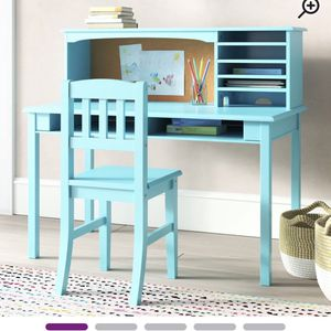 Glaser Kids Writing Desk and Chair Set with Kids Hutch for Sale in Hermosa Beach, CA