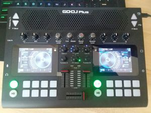 DJ CONTROLLER for Sale in Brooklyn, NY