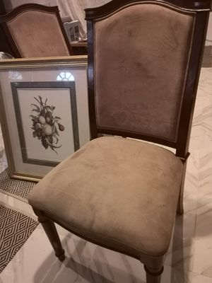 FREE chairs (2) If u are SERIOUS, u can message me for pick up. for Sale in Clinton, MD