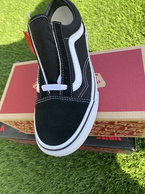 Vans old Skool shoes new for Sale in Fontana, CA