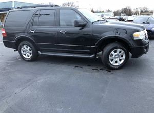 2010 FORD EXPEDITION 110k MILES CLEAN TITLE for Sale in Boston, MA