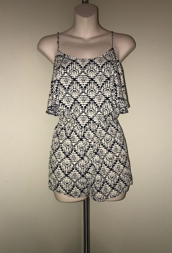 MOVING & CLOSEOUT SALE !!! Beautiful tribal fall romper for sale !!!