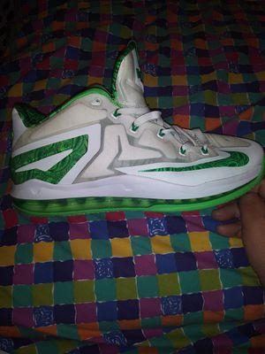 Nike XI lebran james. Size 11 for Sale in Pico Rivera, CA