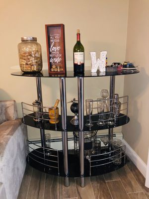 Black glass bar with 2 matching stools for Sale in Lindenhurst, NY