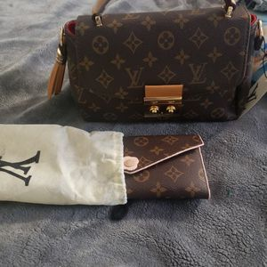 Cartera for Sale in Los Angeles, CA