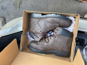 Used steel toe work boots for Sale in Fresno, CA