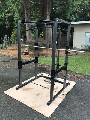 Parabody squat rack w/pull down-row attachment for Sale in Issaquah, WA