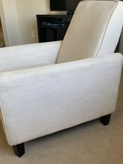 Free Lounge Chair for Sale in Corona,  CA