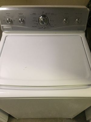 Washer Maytag 3.5 cu ft. Mint. for Sale in Lutz, FL