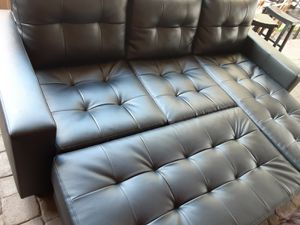 NEW SECTIONAL COUCH IN L.DELIVERY SERVICE FREE for Sale in HALNDLE BCH, FL