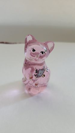 Lovely Fenton Glass Cat Hand-painted CASH for Sale in Citrus Heights, CA