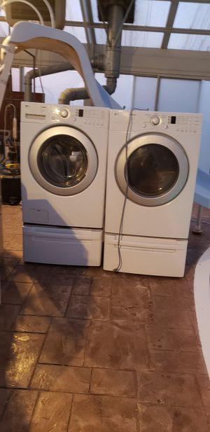 LG Washer and Gas Dryer for Sale in Lockport, IL