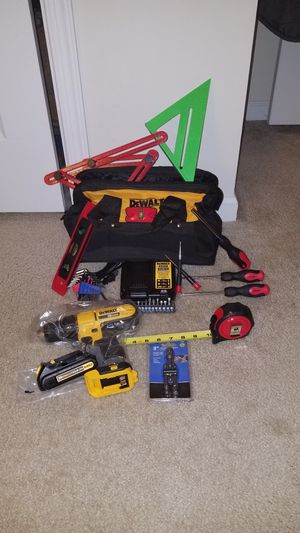 NEW Dewalt 20v MAX drill/driver with battery and charger and case with bits for Sale in Ashburn, VA